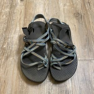 Women's chacos size 7